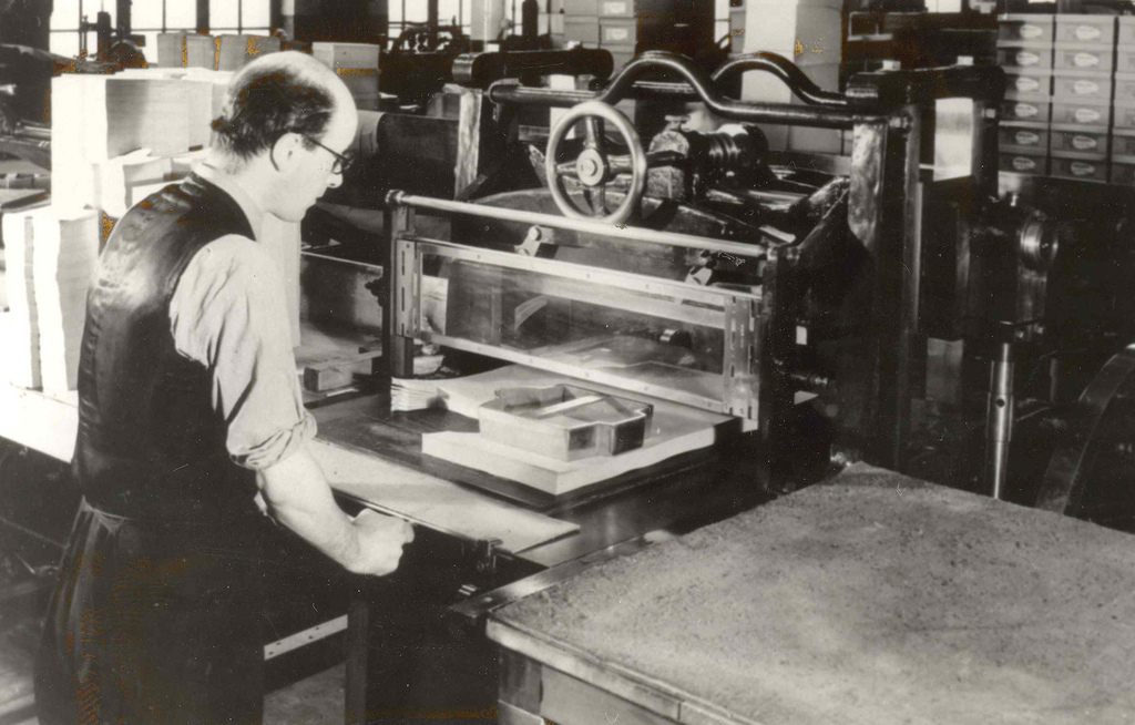 Paper Cutting at Waterstons (from Edinburgh City of Print)