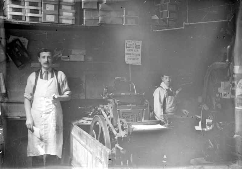 Workers (pictured in 1910) (from Kirklees Images)